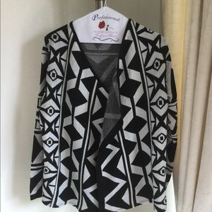Geometrical print black and white cardigan